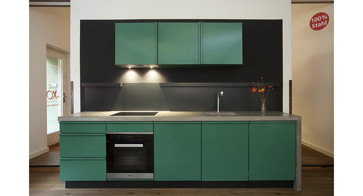 new kitchen in berlin showroom popstahl. Black Bedroom Furniture Sets. Home Design Ideas